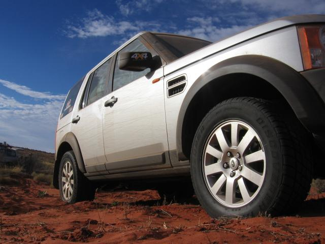 Landrover Discovery  with Cooper HT Plus Tyres