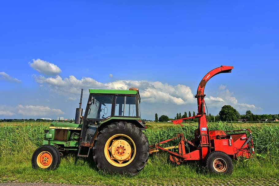 tractor vehicle heavy equipment traction tow pull