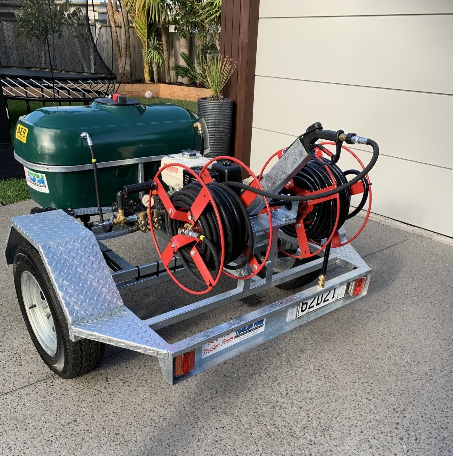 water blaster trailer rotated e